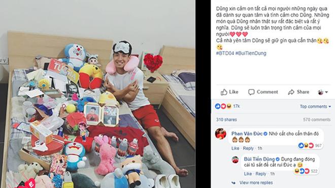 """Bùi Tiến Dũng khoe """"núi"""" quà tặng của fan sau kỳ tích cùng U23 Việt Nam"""
